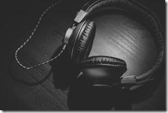 earphones 2 640x427
